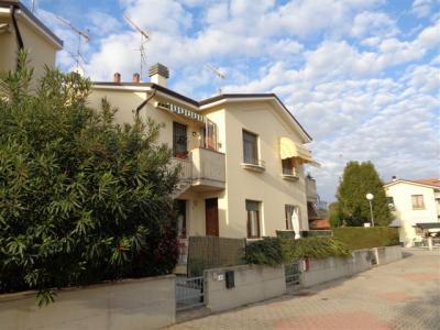 appartamento indipendente in Affitto a Sant'Agostino