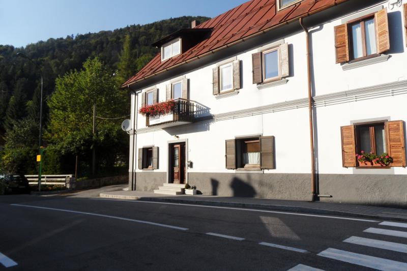 Appartamento in vendita a Tarvisio, 3 locali, prezzo € 83.000   CambioCasa.it