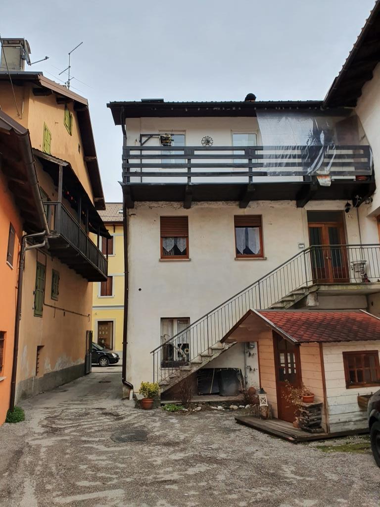 Appartamento in vendita a Pontebba, 6 locali, prezzo € 95.000 | PortaleAgenzieImmobiliari.it