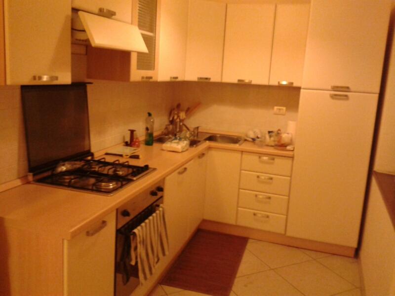 Appartamento in affitto a Fabriano, 3 locali, zona Località: CENTROSTORICO, prezzo € 450 | Cambio Casa.it