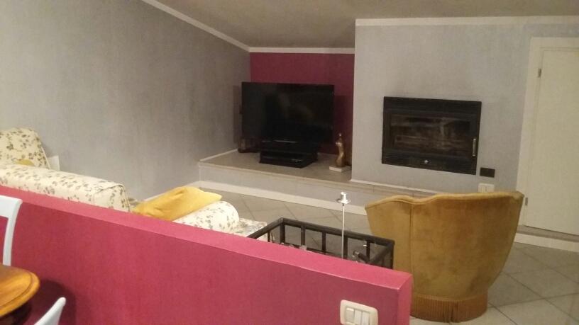 Appartamento in affitto a Fabriano, 3 locali, zona Località: FRAZ.MARISCHIO, prezzo € 460 | Cambio Casa.it