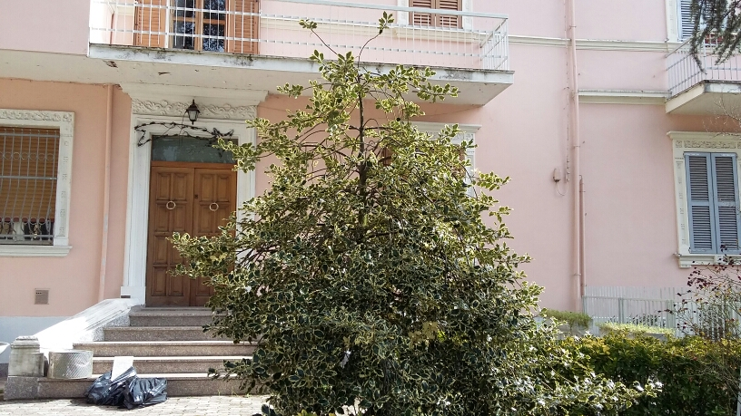 Agriturismo in affitto a Fabriano, 3 locali, zona Località: MISERICORDIA, prezzo € 370   Cambio Casa.it