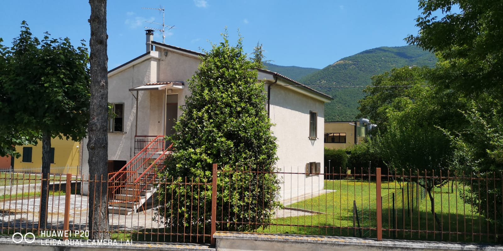 CASA INDIPENDENTE in Vendita a Fabriano (ANCONA)