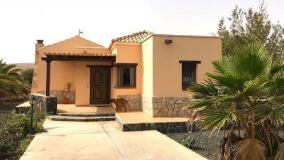 Villa in Vendita a Oliva (La)