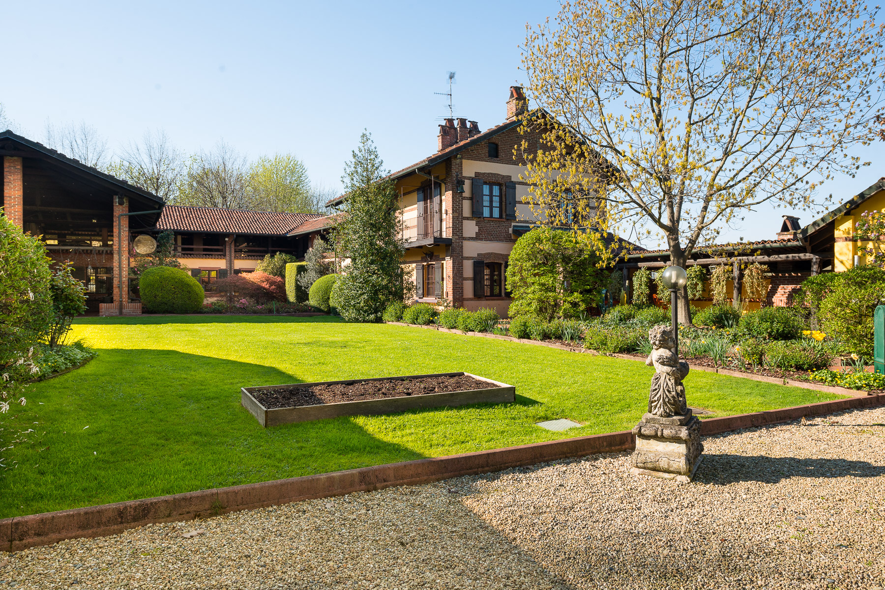 Gorgeous hunting lodge