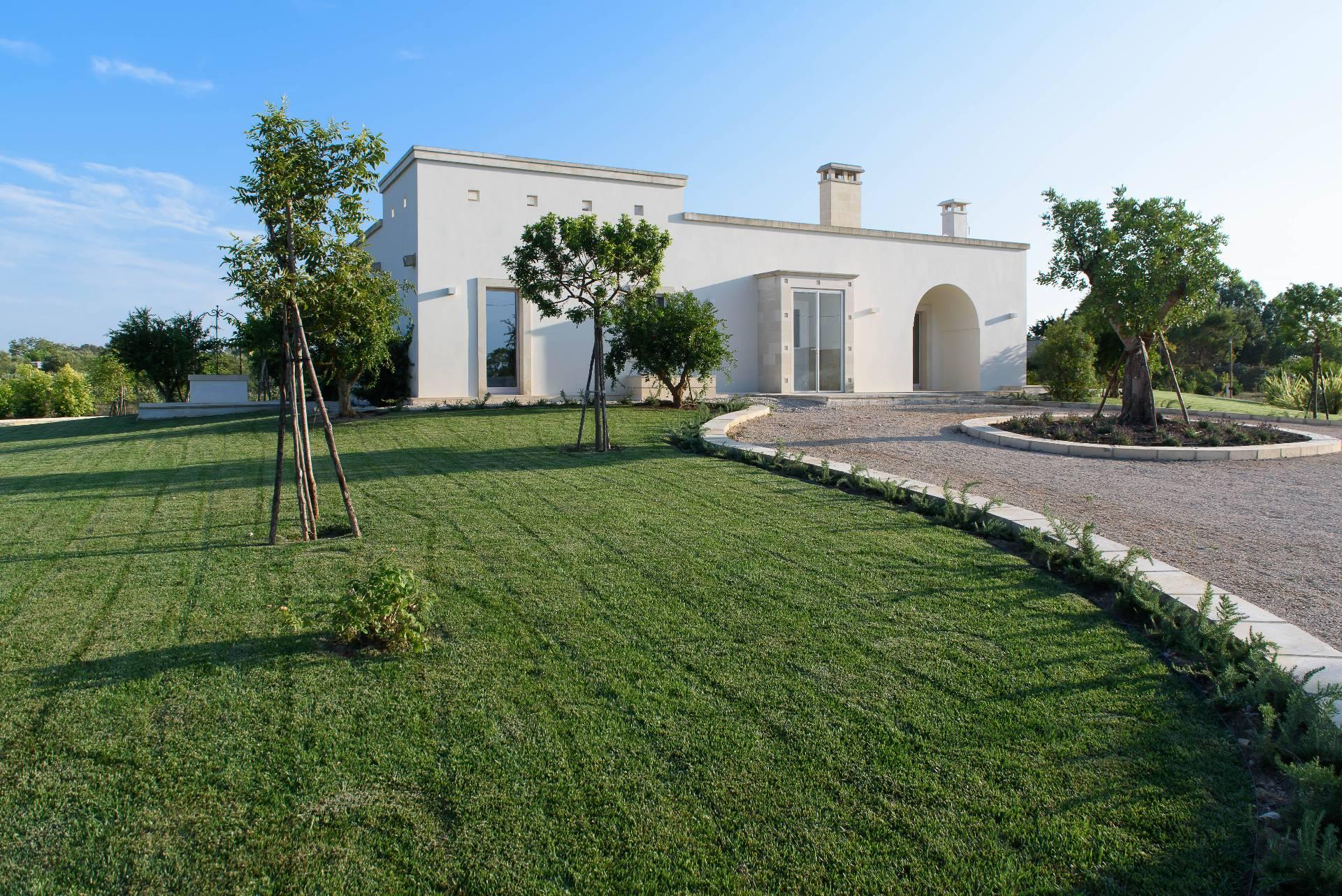 Stone Design Villa in Salento