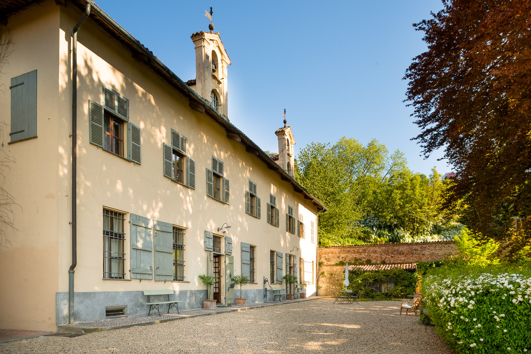 Fascinating historical villa on the hills of Turin