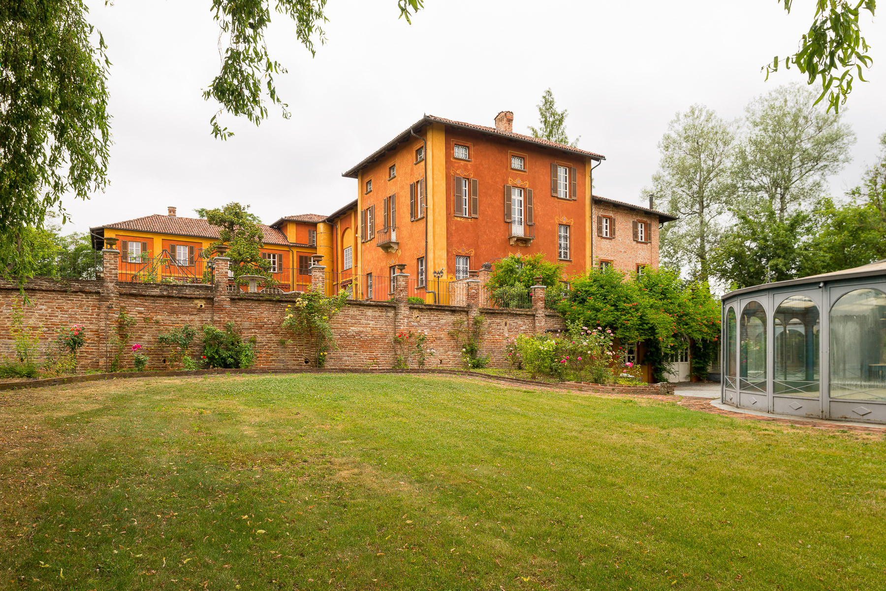 Historical mansion in the Asti hills
