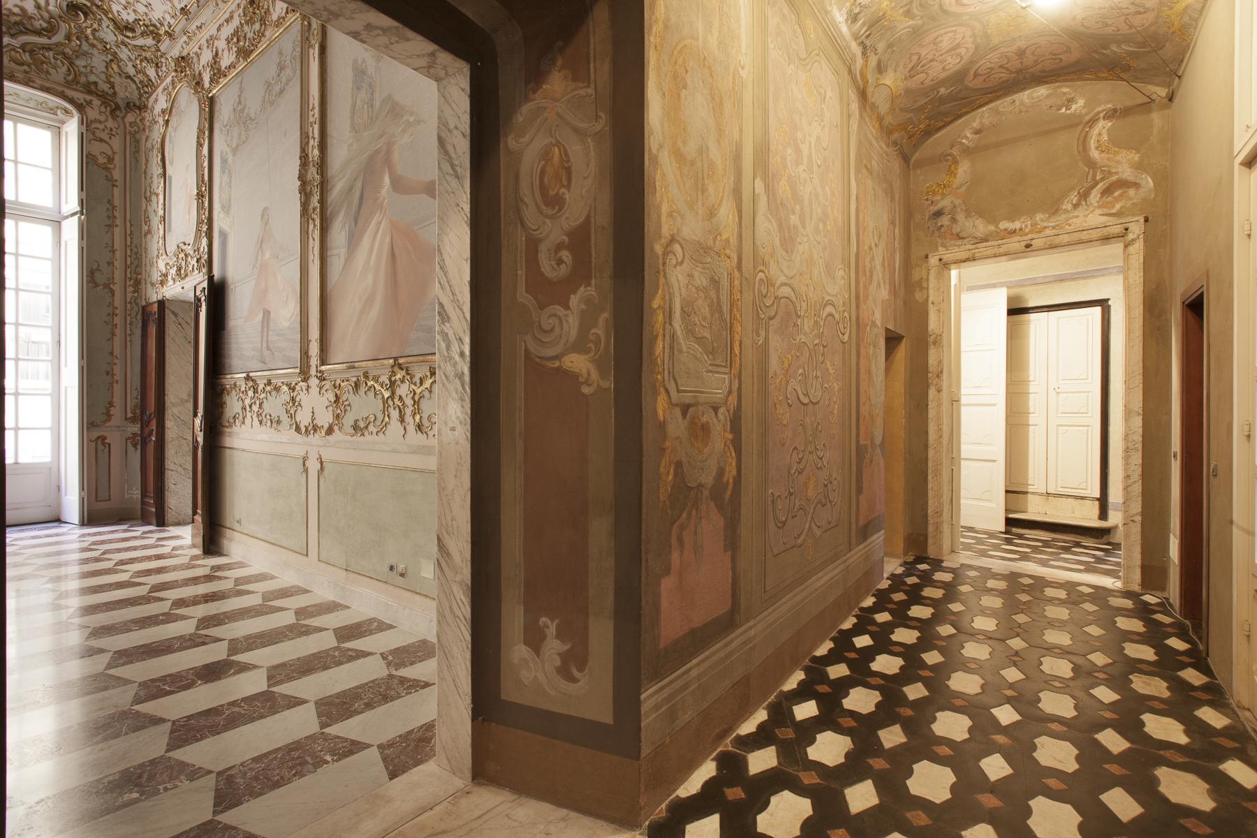 Appartement très représentatif dans un palace du 17ème siècle