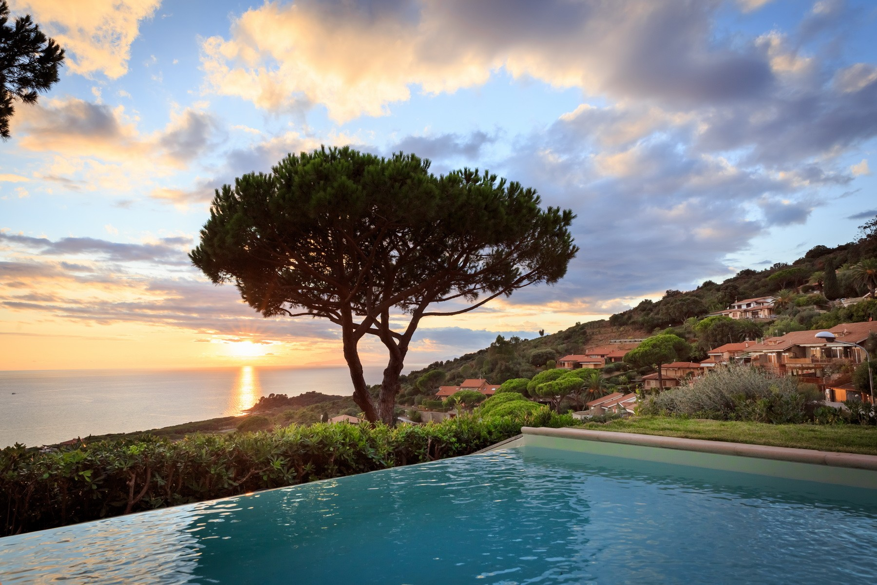 Stunning view on the Tuscan archipelago