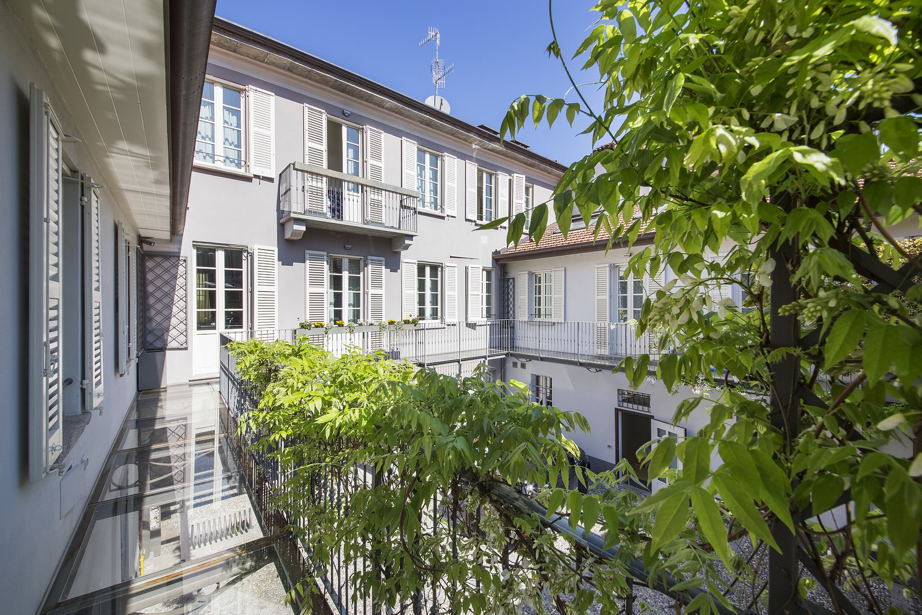 Magnificent property in one of the most valuable areas of the historical center