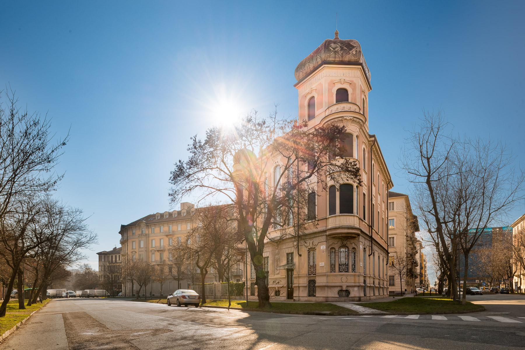 Prestigioso appartamento in villa nel cuore di Torino