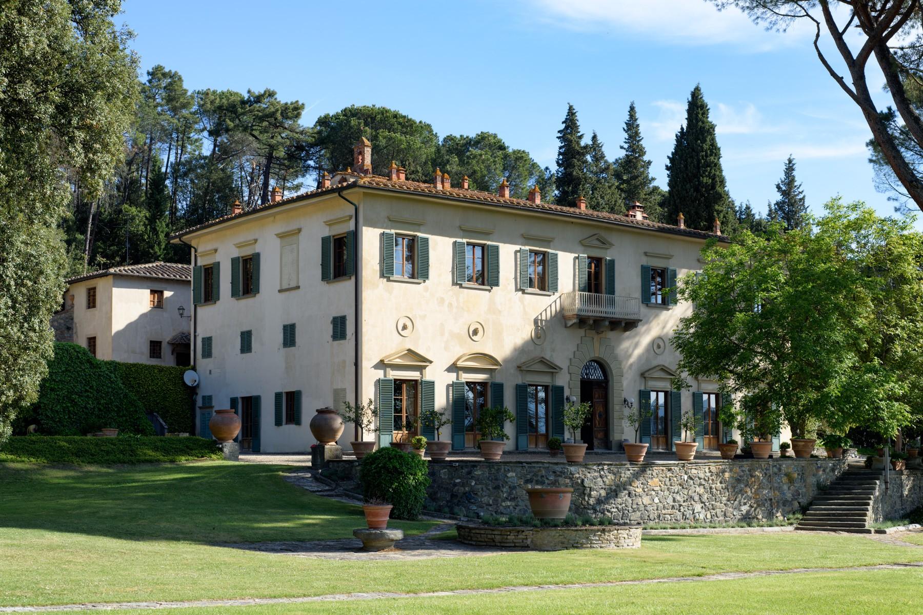 Bellissima villa con piscina vicino a Firenze