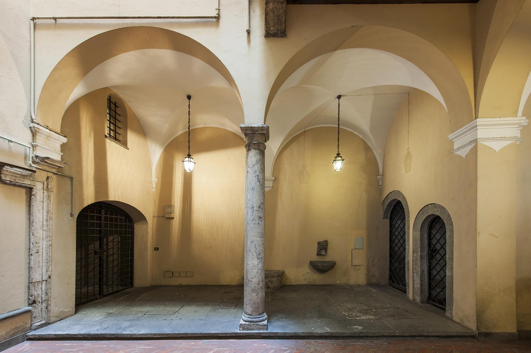 Prestigious Apartment in Via delle Coppelle