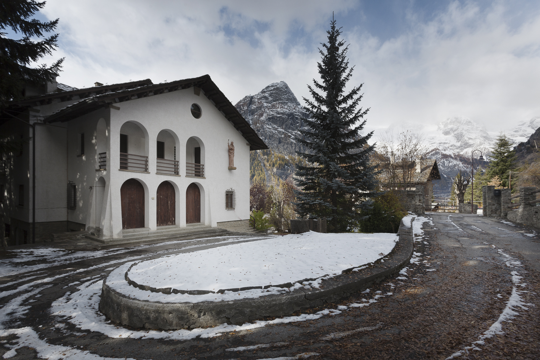 Villa and guest house in Courmayeur