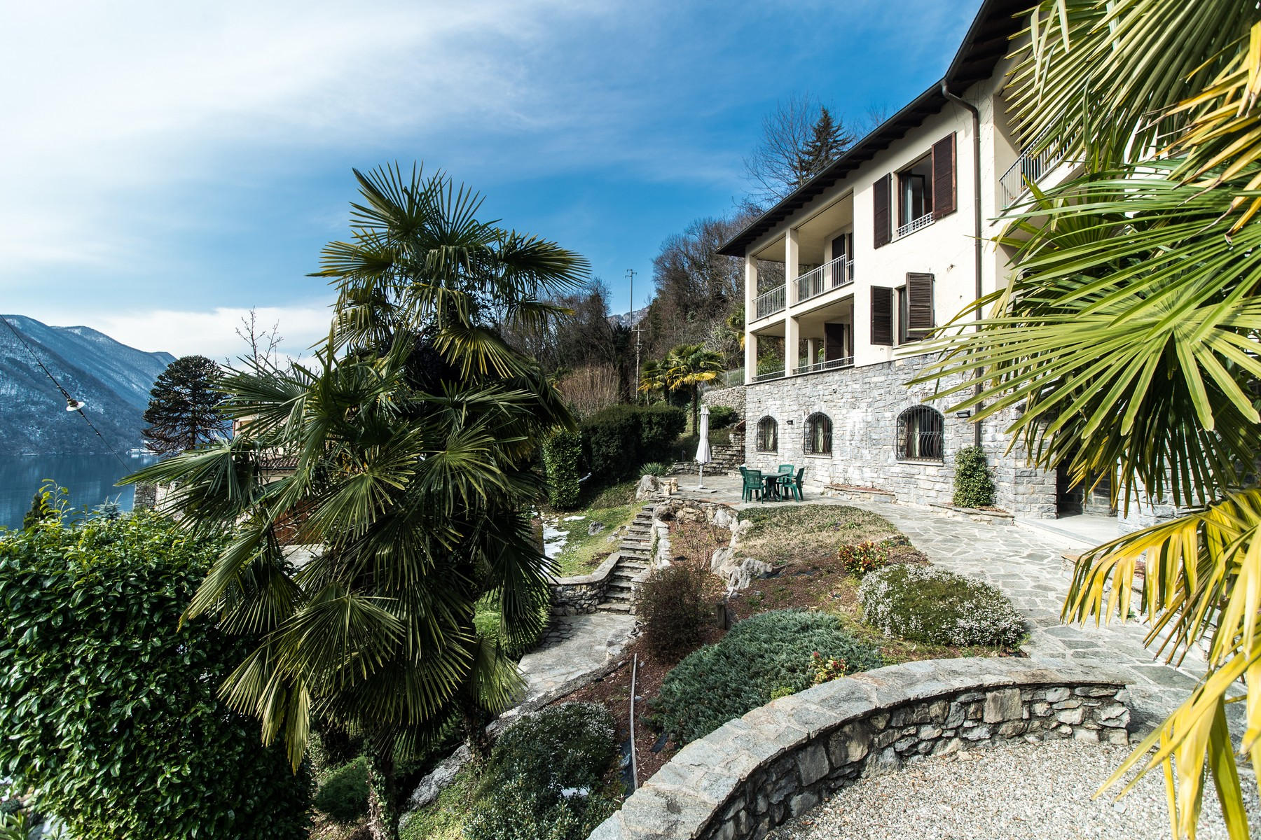 Prestigious villa on Lake Lugano
