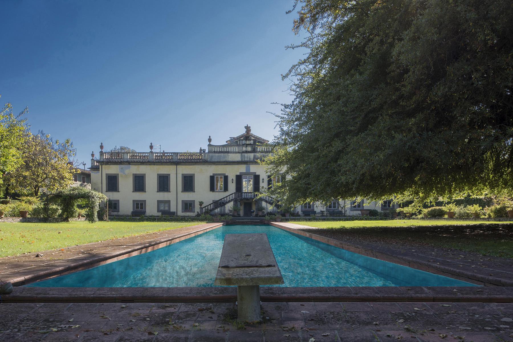 Magnifique villa historique dans la campagne de Lucca