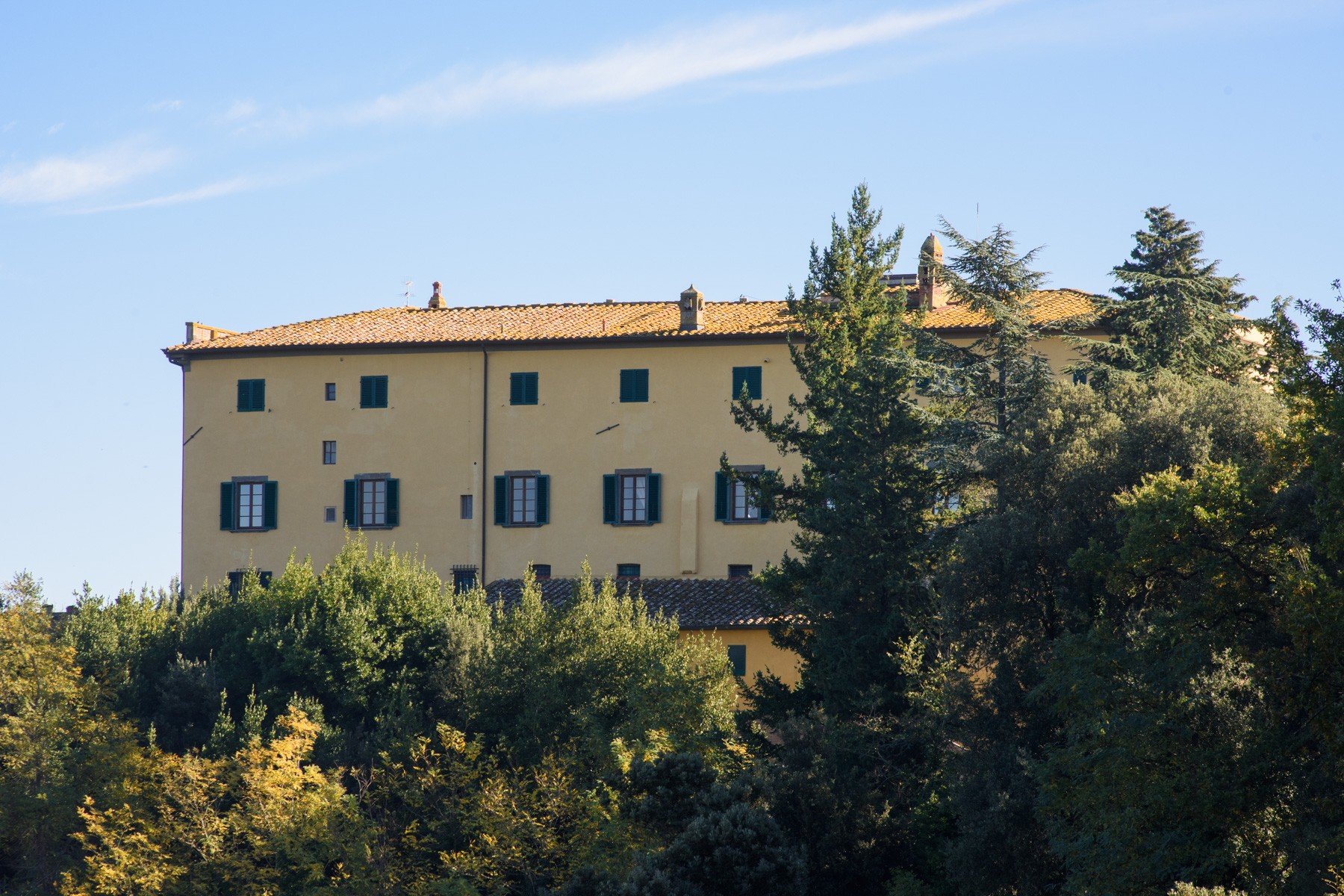 Historic estate in the heart of tuscany: villa strozzi in collegalli