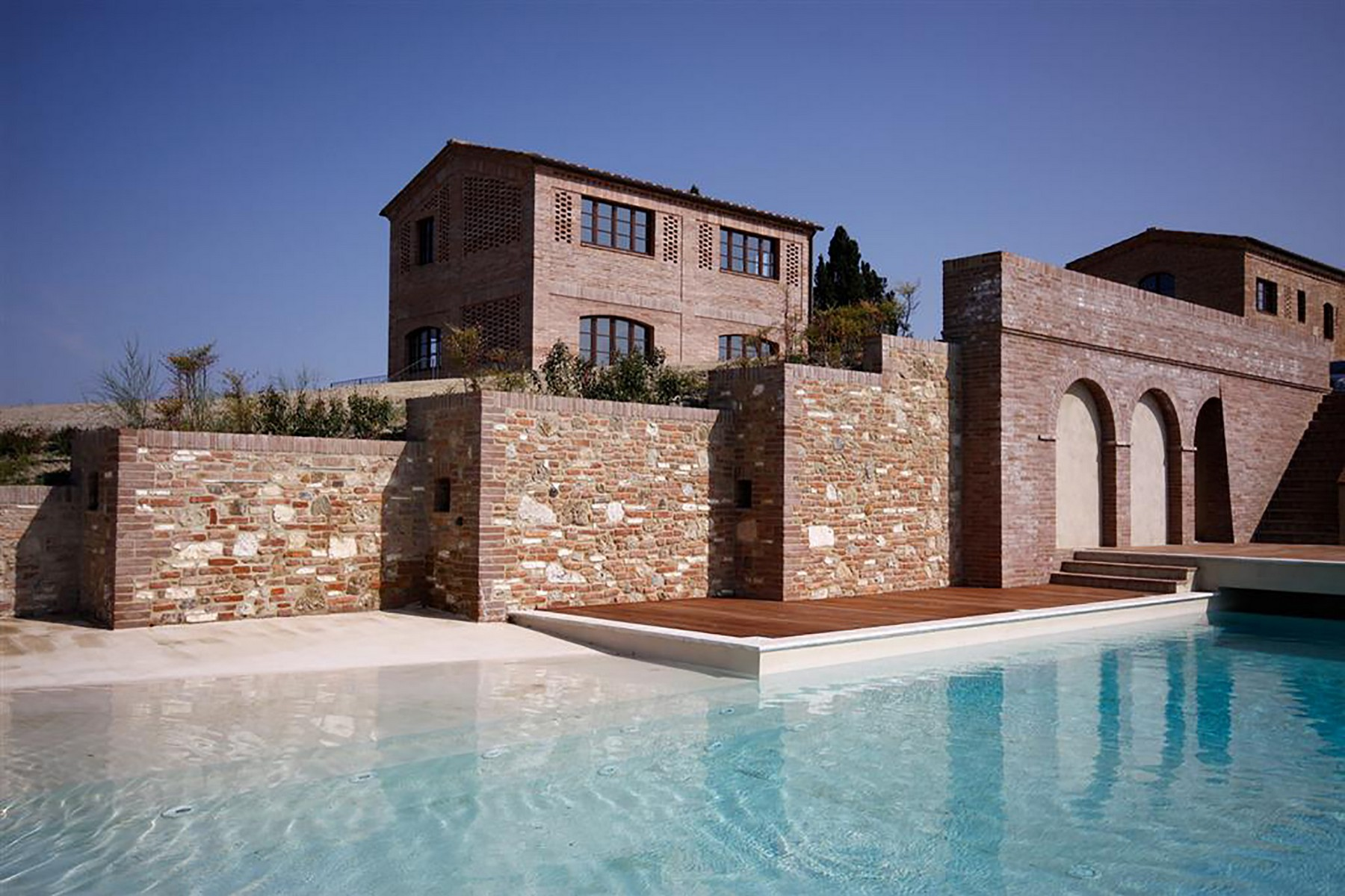 Unique family home with breath taking views of the crete senesi
