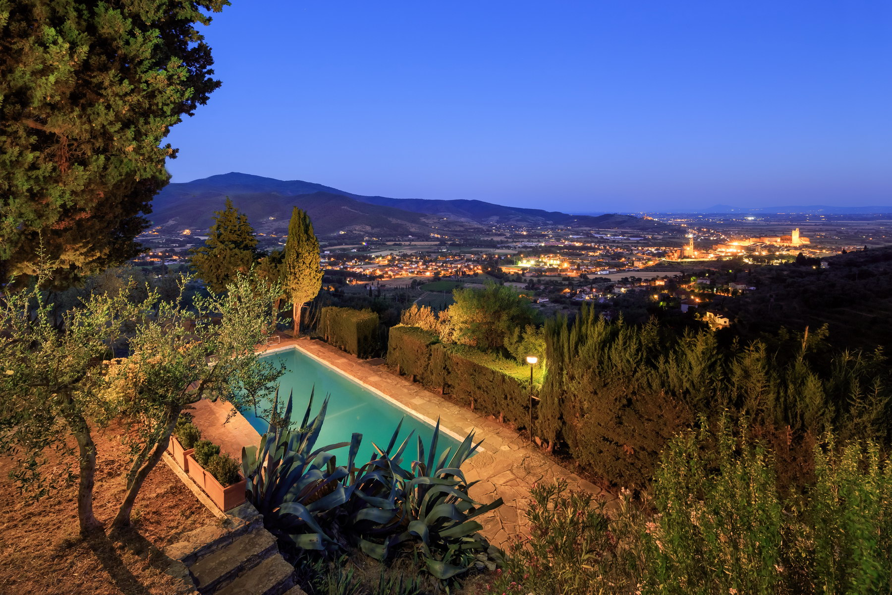"Charming Country House ""Under the Tuscan Sun\"" with breathtaking views and elegant swimming pool"