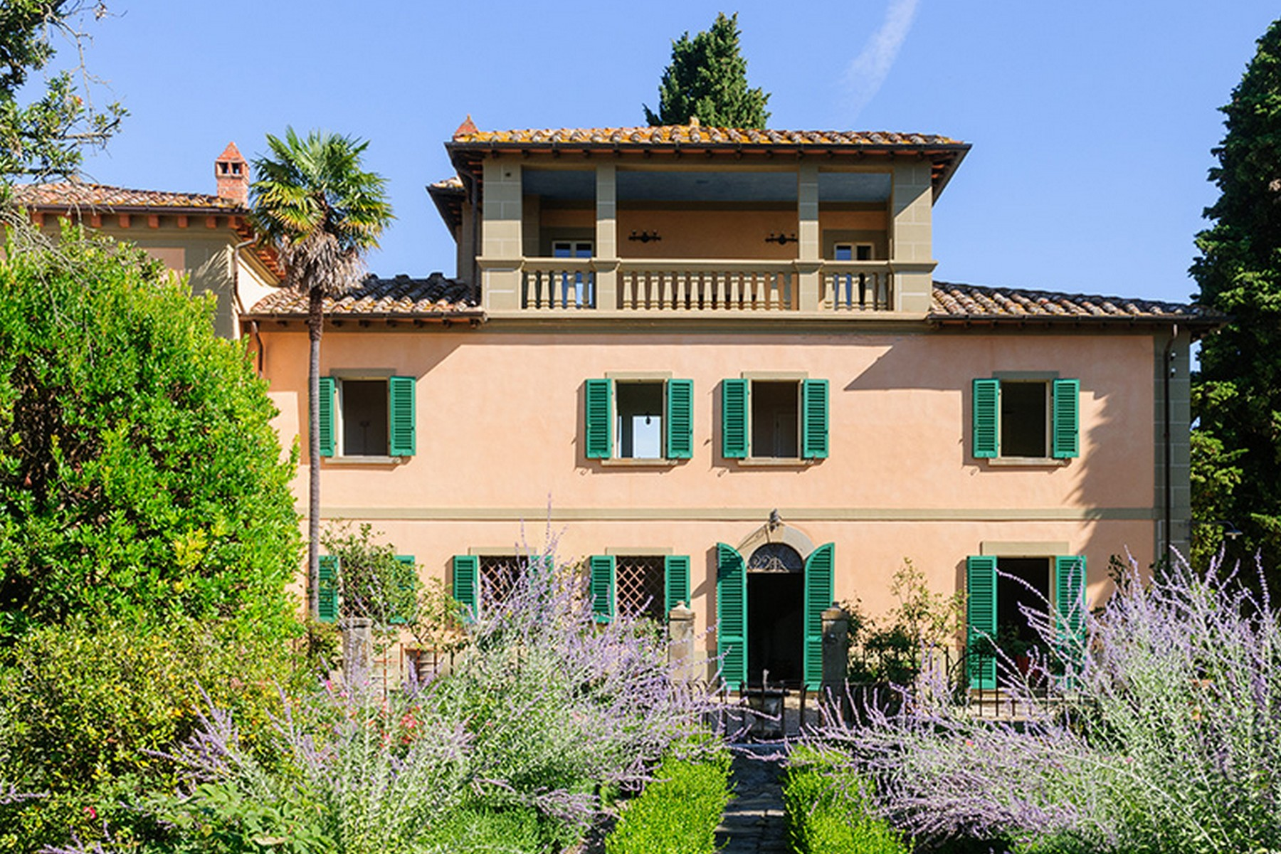 Charming winery in the heart of chianti