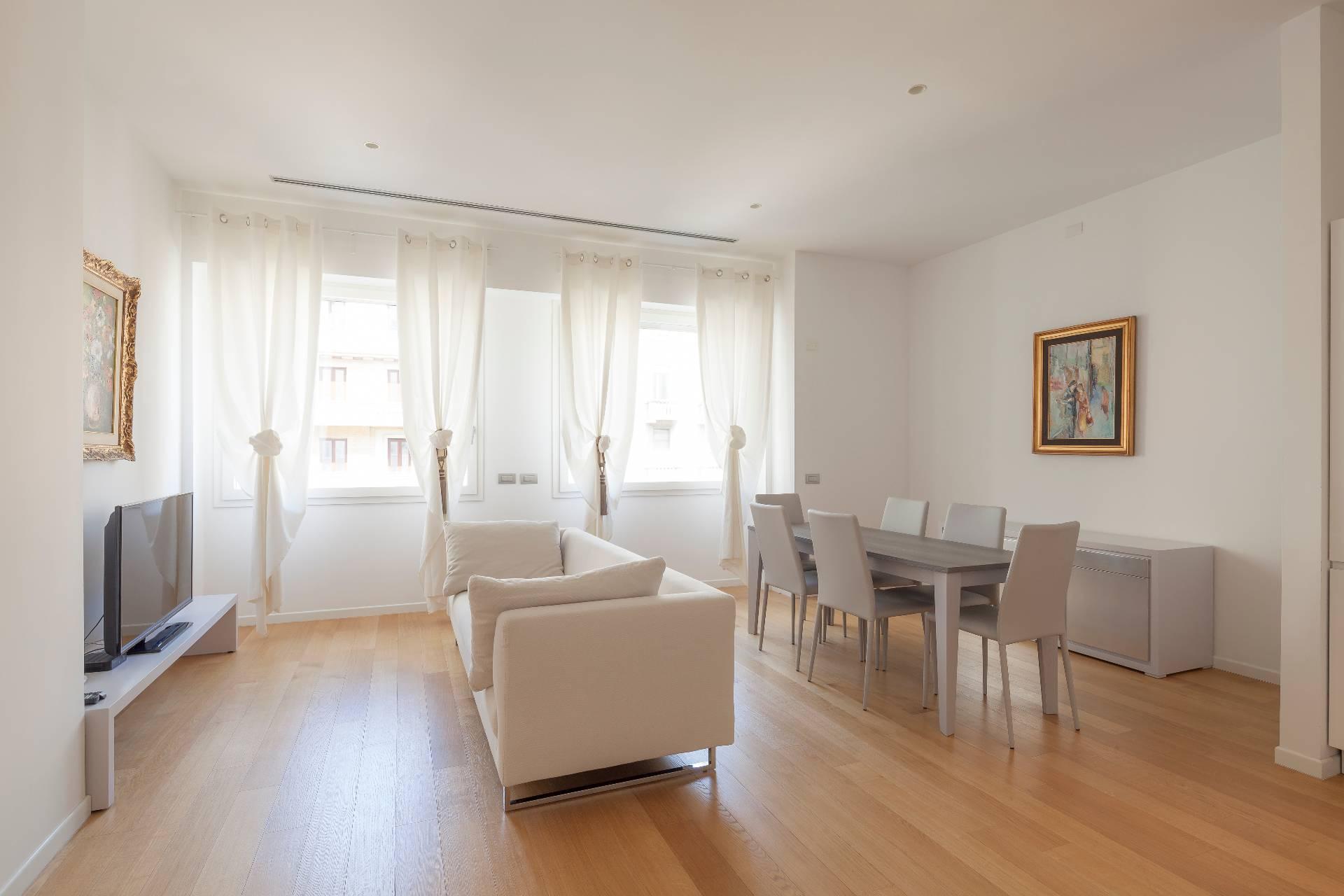 Elegant apartment in the city centre