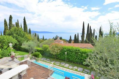 Villa in Vendita<br/>Gardone Riviera -