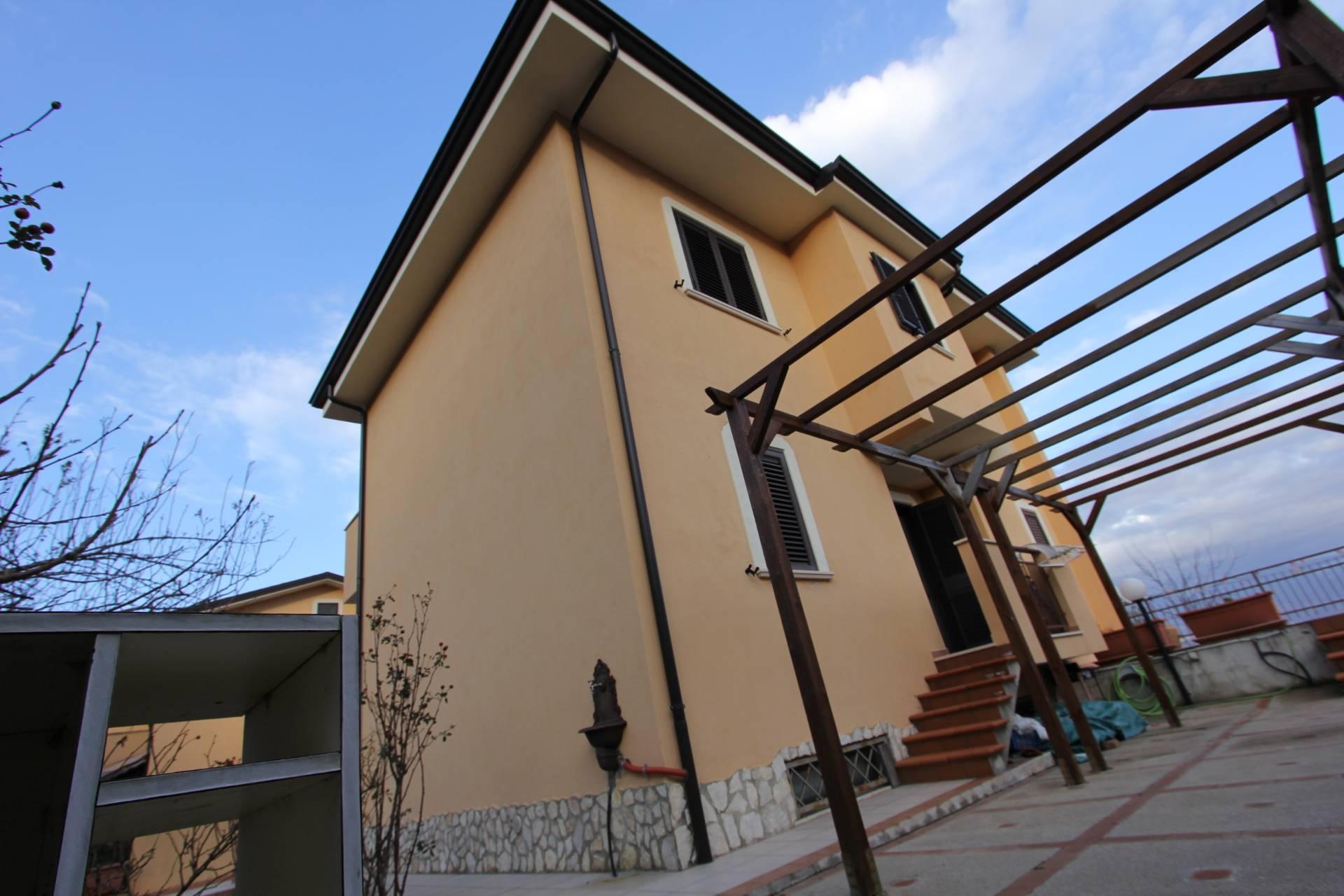 Foto - Villa In Vendita  Marano Principato