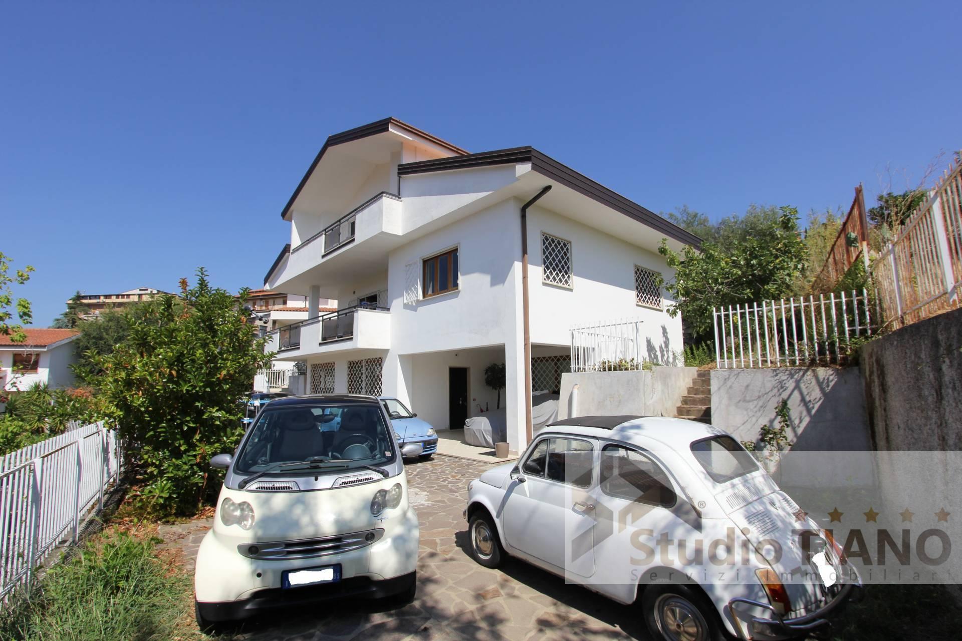 Foto - Villa In Vendita  Mendicino