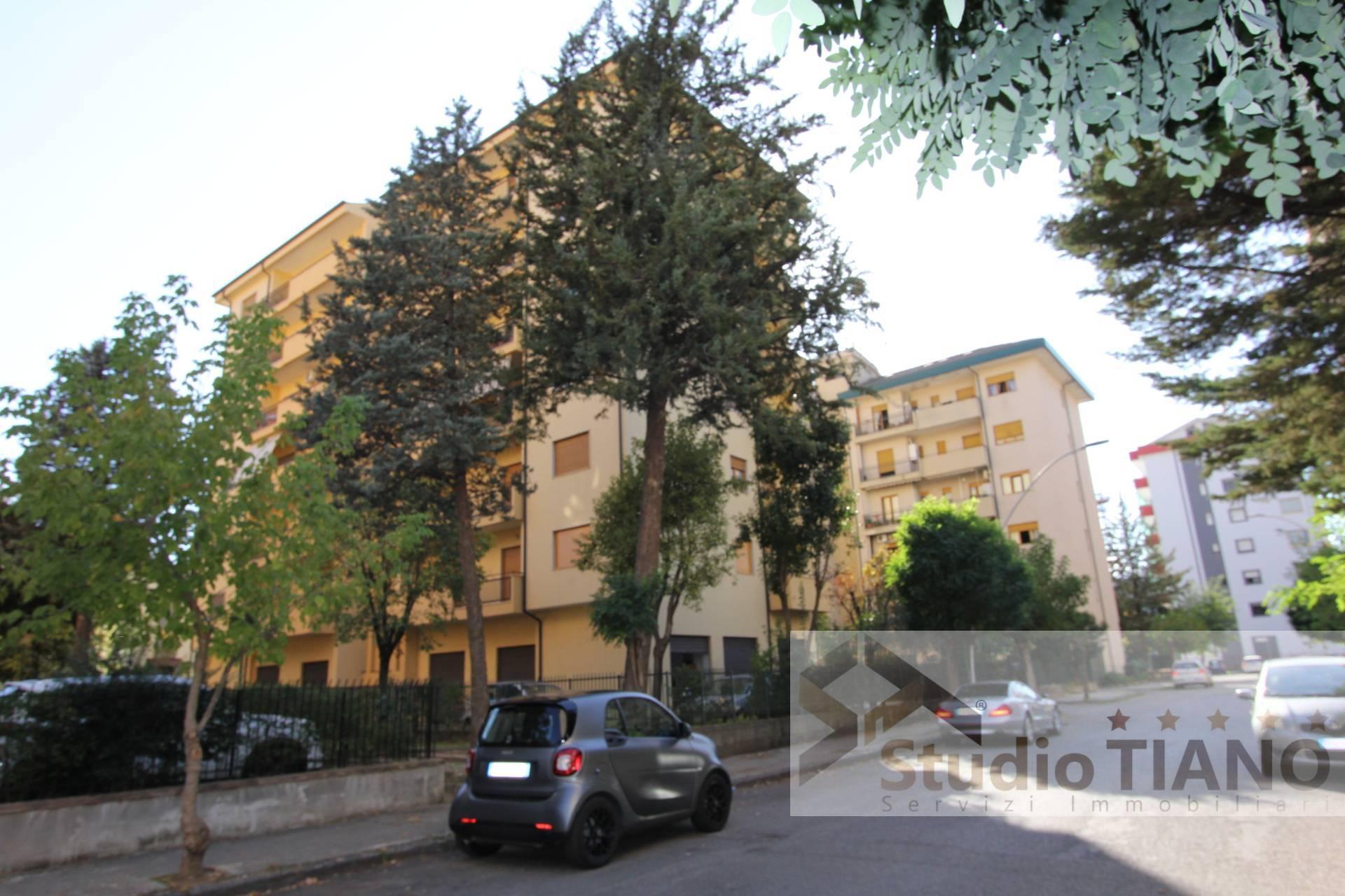 Appartamento, 147 Mq, Vendita - Cosenza (Cosenza)