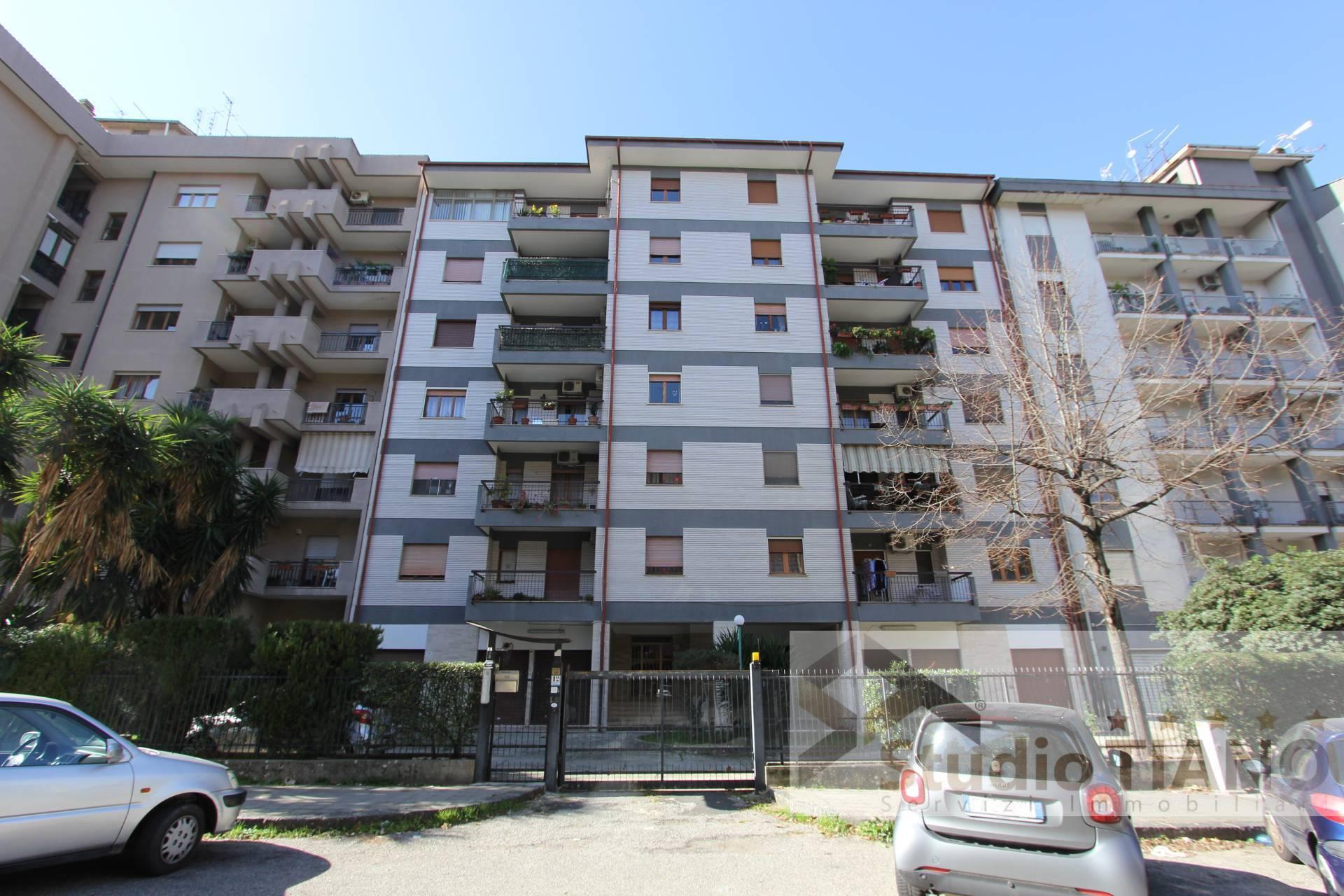 Appartamento, 145 Mq, Vendita - Cosenza (Cosenza)
