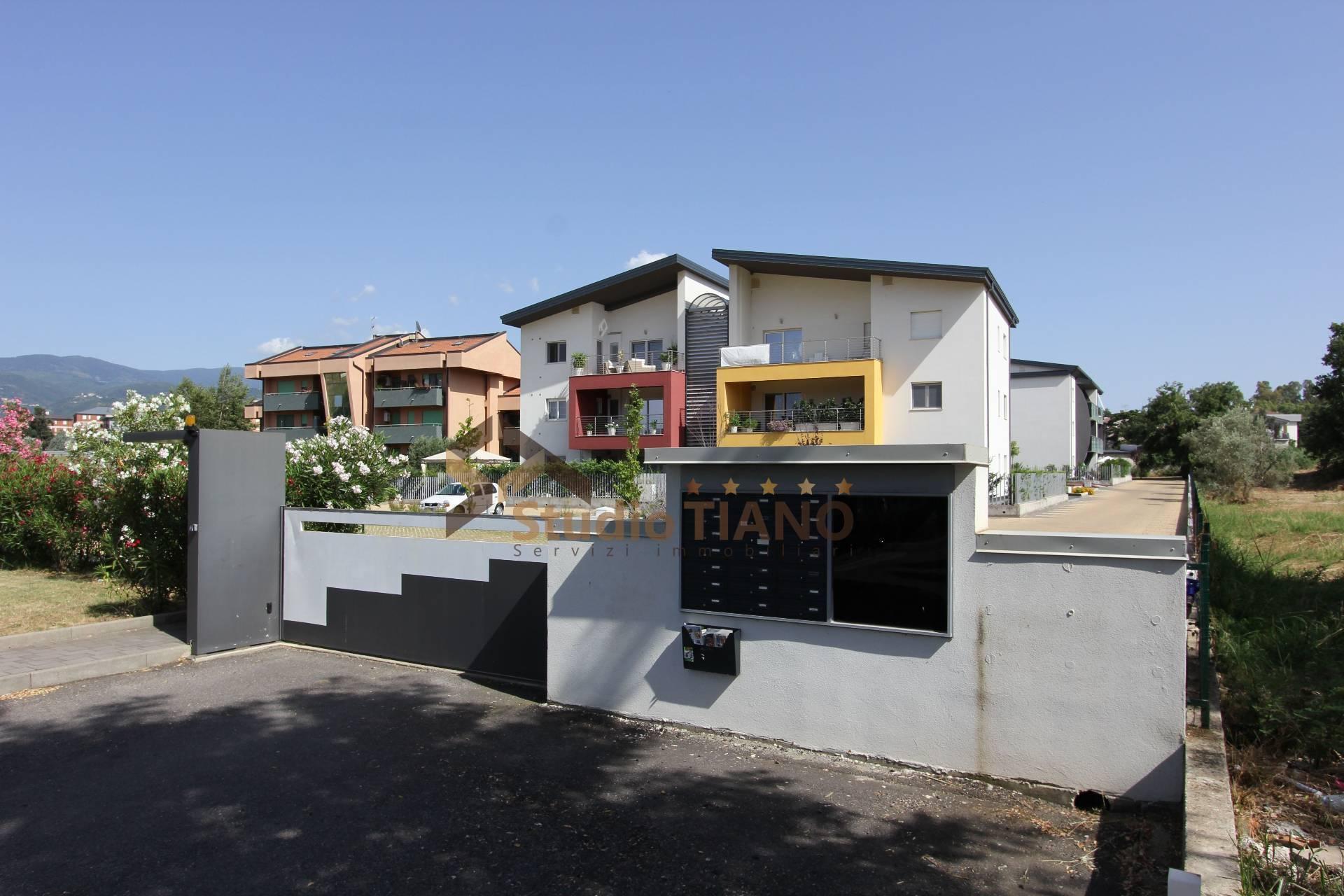 Appartamento in vendita a Rende, 3 locali, zona Località: Roges-Commenda, prezzo € 205.000   PortaleAgenzieImmobiliari.it