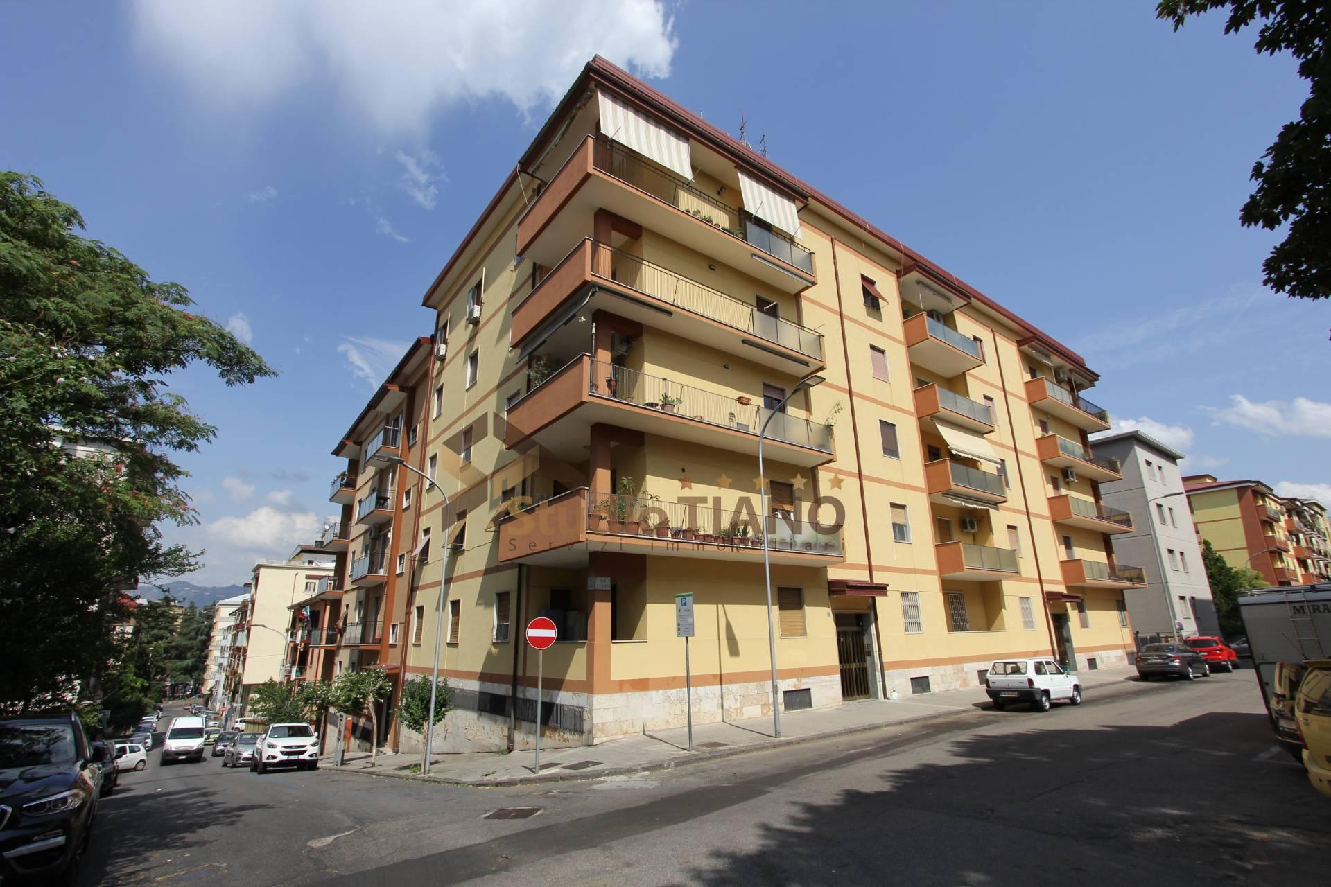 Appartamento, 129 Mq, Vendita - Cosenza (Cosenza)