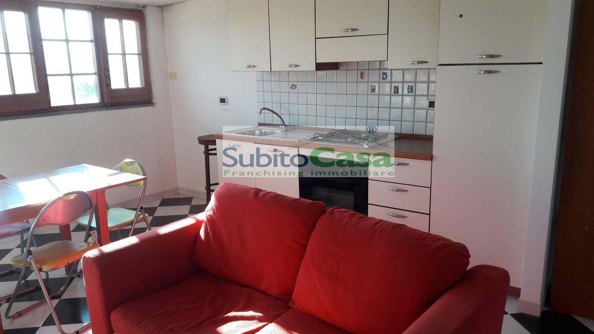 Appartamento in affitto a Cepagatti, 3 locali, zona Località: VillanovadiCepagatti, prezzo € 380 | Cambio Casa.it