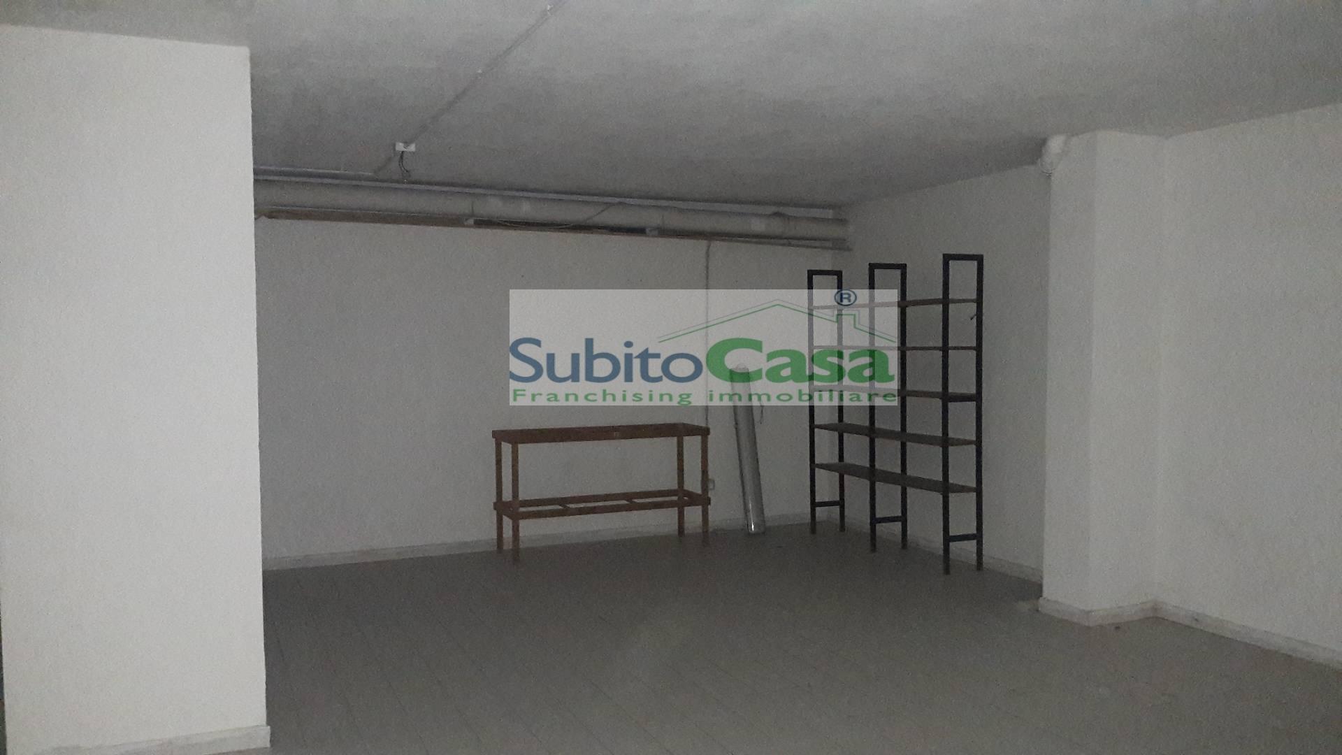 Box / Garage in affitto a Chieti, 1 locali, zona Località: ChietiCentro, prezzo € 150 | Cambio Casa.it