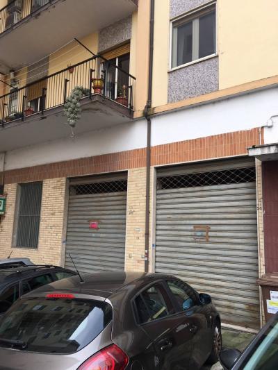 Garage in Vendita a Cosenza