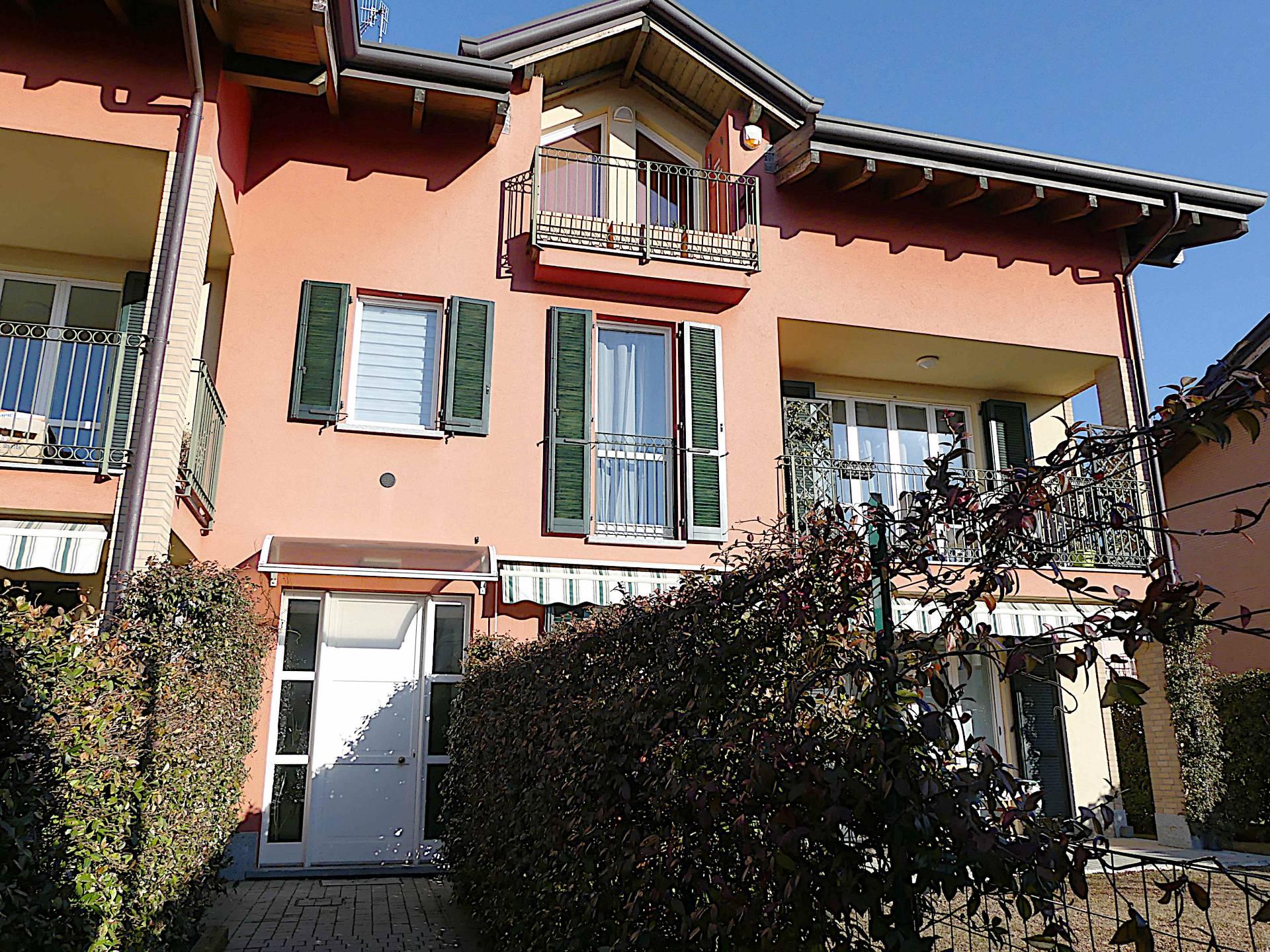 Appartamento in vendita a Vedano Olona, 3 locali, prezzo € 198.000 | PortaleAgenzieImmobiliari.it
