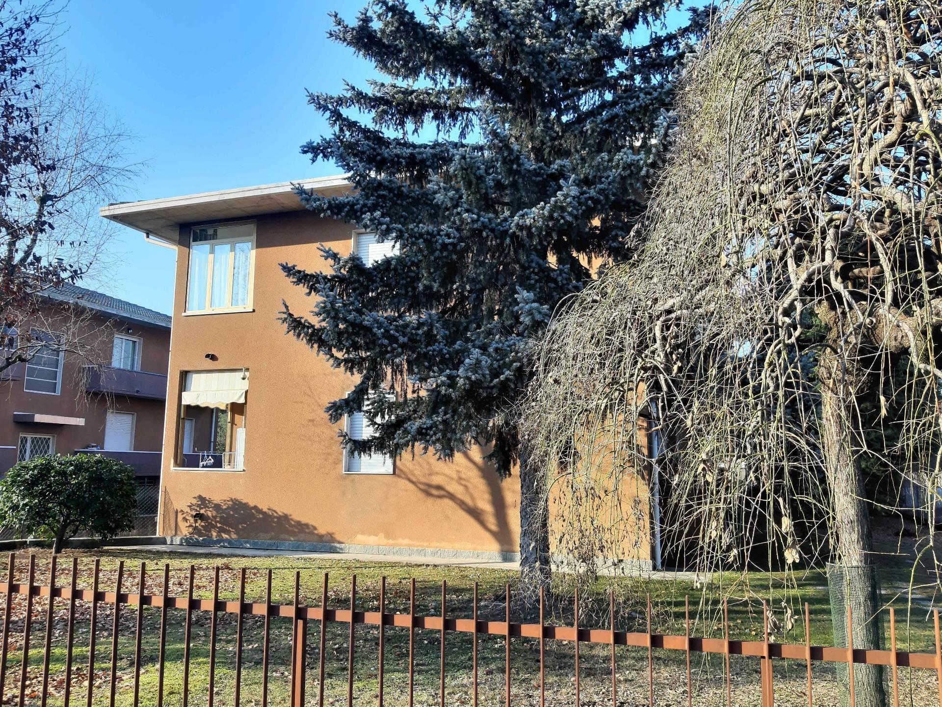 Appartamento in vendita a Lonate Ceppino, 3 locali, prezzo € 147.000 | PortaleAgenzieImmobiliari.it