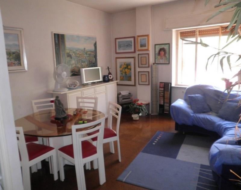 Appartamento in vendita a Catanzaro, 3 locali, zona Località: CATANZAROSUD, prezzo € 79.000 | CambioCasa.it