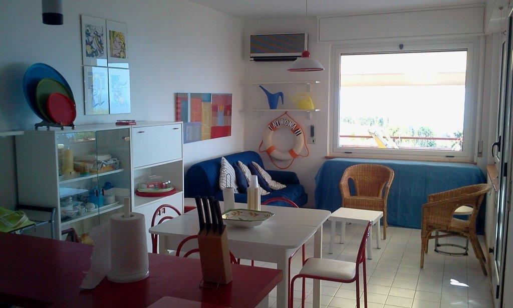 Appartamento in vendita a Stalettì, 3 locali, zona Località: S.MariadelMare, prezzo € 108.000 | Cambio Casa.it