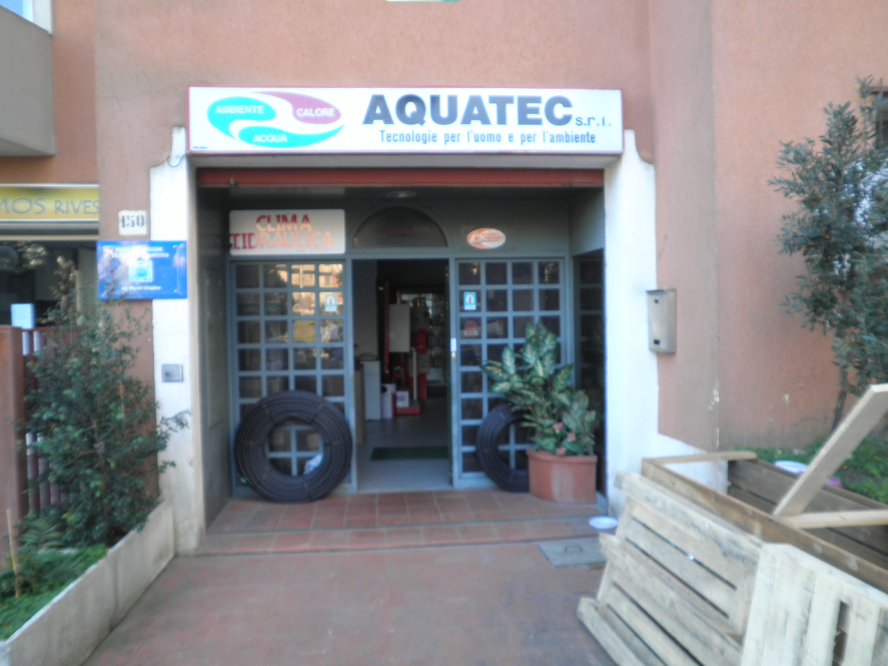 Negozio / Locale in vendita a Catanzaro, 7 locali, zona Località: CATANZAROSUD, prezzo € 195.000 | Cambio Casa.it