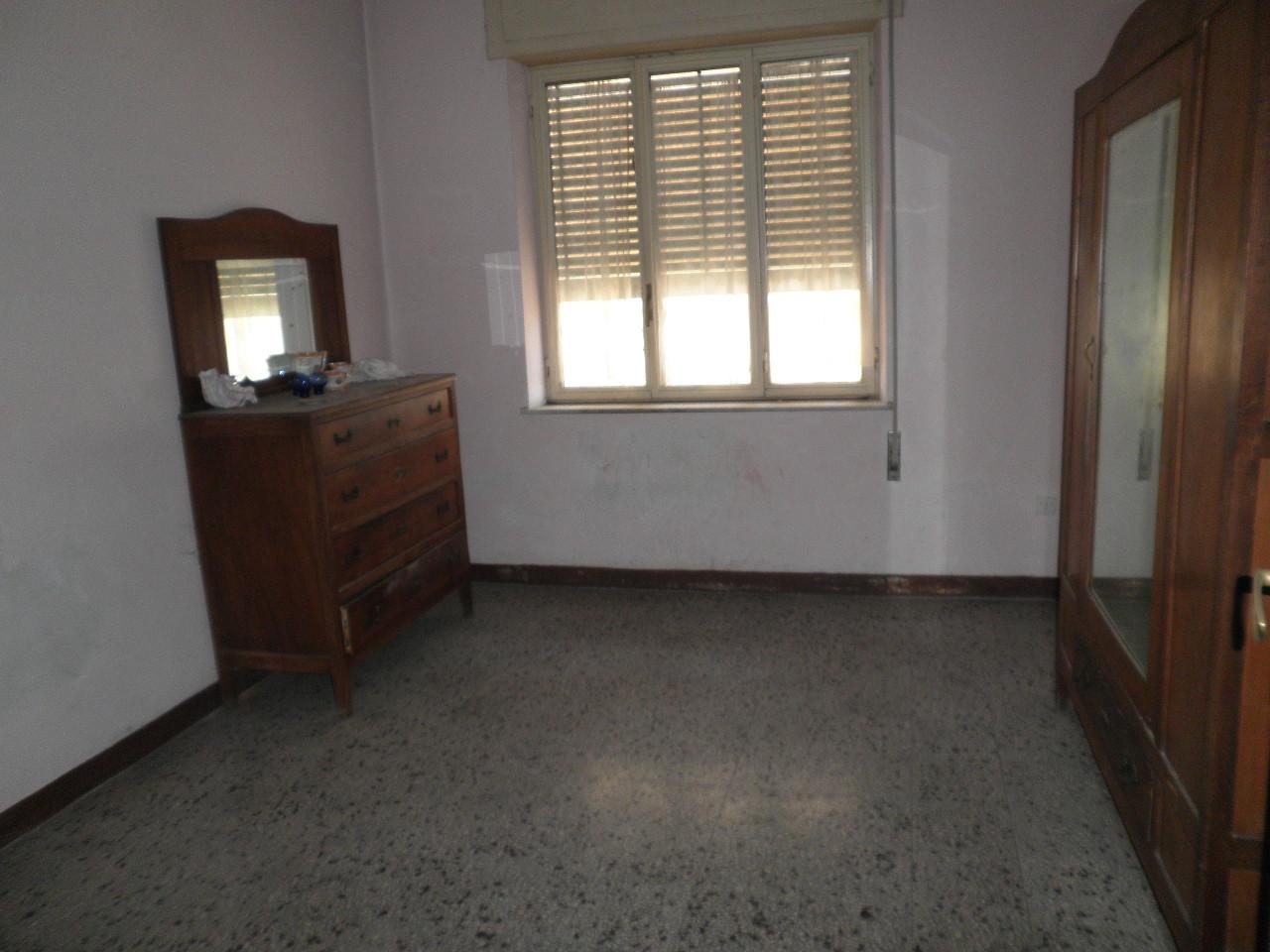 Appartamento in vendita a Catanzaro, 5 locali, zona Località: CATANZARONORD, prezzo € 180.000 | Cambio Casa.it