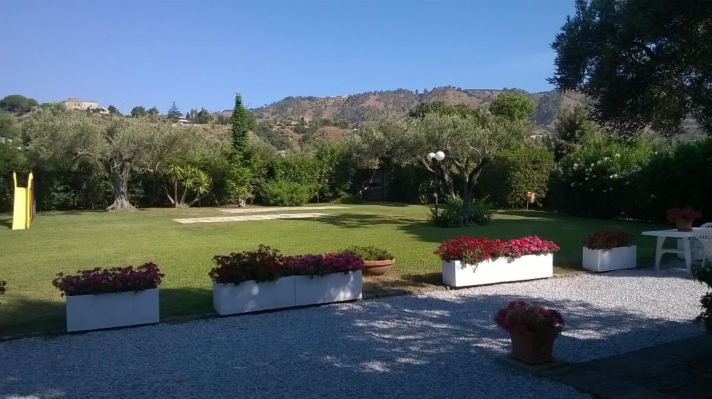 Appartamento in vendita a Montauro, 2 locali, zona Località: LocalitàCalalunga, prezzo € 125.000 | Cambio Casa.it