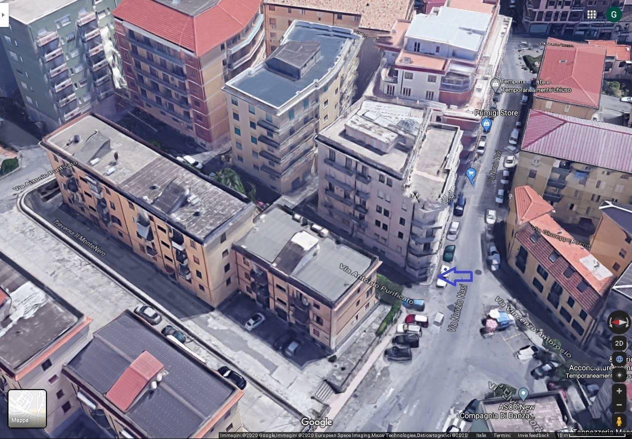 Negozio / Locale in vendita a Catanzaro, 1 locali, zona Località: QuartiereS.Leonardo, prezzo € 150.000 | CambioCasa.it