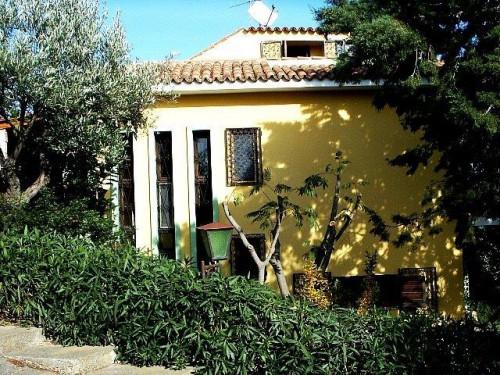 Villa in Vendita a Stalettì