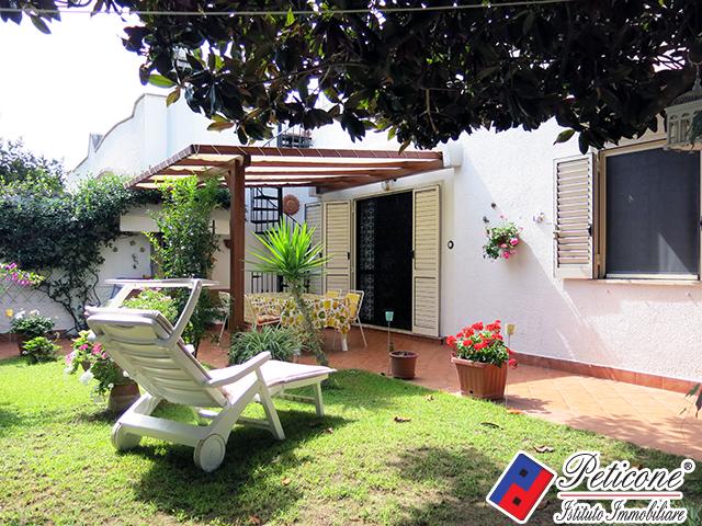Casa vicino mare terracina in vendita waa2 for Casa di 700 metri quadrati in vendita