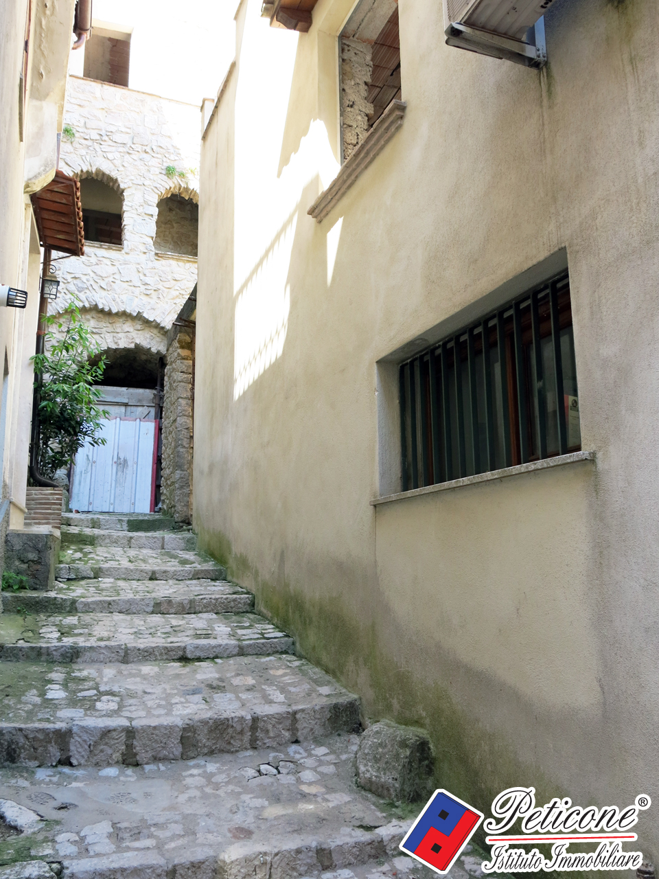 Bilocale Lenola Via Duomo 4