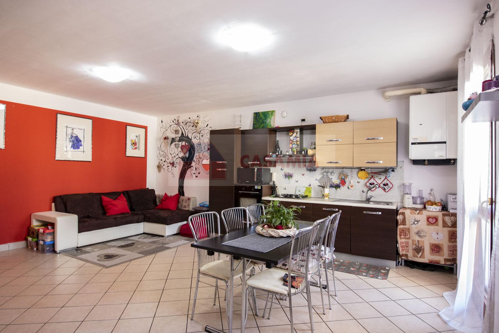 Appartamento in vendita a Salgareda, 4 locali, prezzo € 80.000 | CambioCasa.it