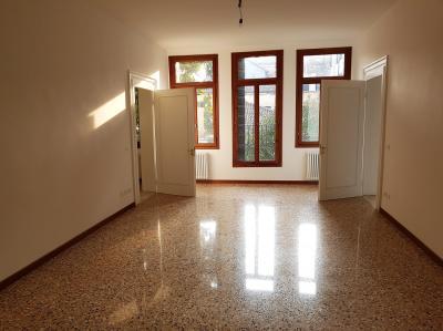 3 Camere in Affitto a Venezia