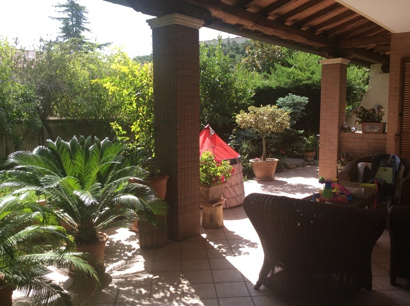 Villa in vendita a Francavilla al Mare, 6 locali, prezzo € 500.000 | Cambio Casa.it
